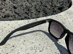 Ray-Ban Justin Matte Black Frame With Black/Grey Gradient Lens RB4165 601/8G 55mm