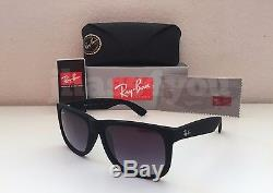 Ray-Ban Justin RB4165 601/8G Wayfarer Sunglasses/Matte Black/Grey Gradient 54mm