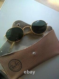 Vintage Ray-Ban Bausch & Lomb Ridged Gold oval frame W0976, 47 / 24 136